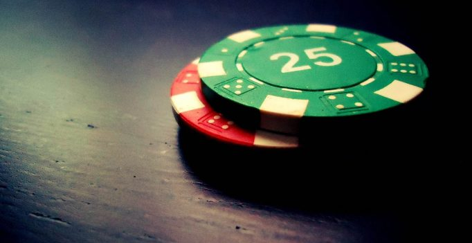 Obtained Caught? Attempt These Tips to Streamline Your Poker